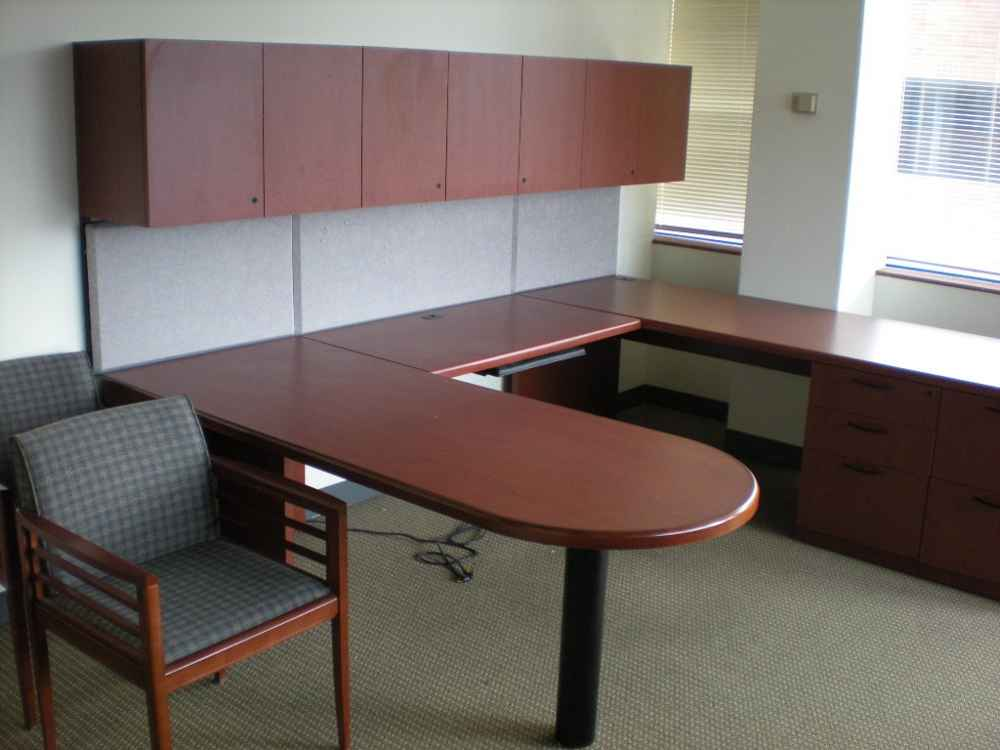 Used Office Desks and Used Office Furniture in Houston and Minnesota