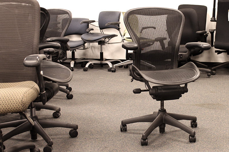 Pre-owned Herman Miller Aeron Chairs